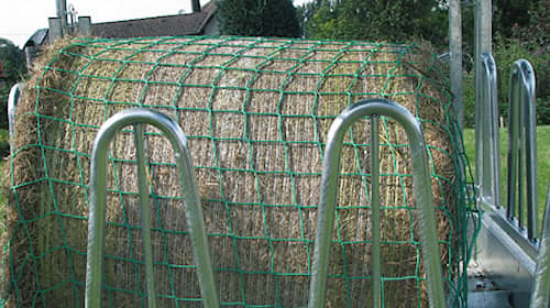 Paaliverkko Slow Feeder 2.8 x 2, 8 m silmukat 10 cm