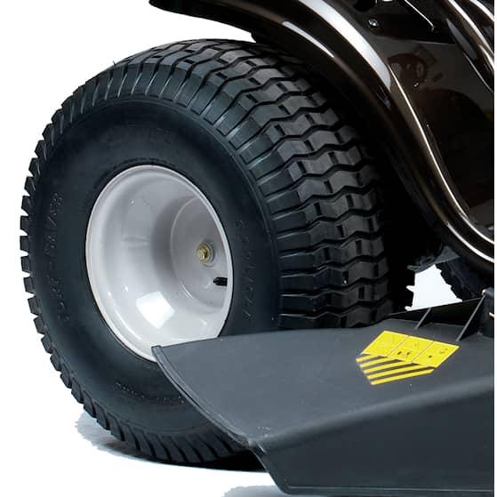 LT 107 EXHK rear wheel.jpg