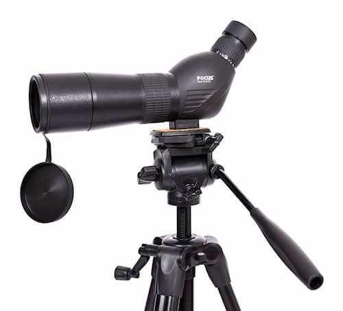 Focus Hawk 15-45x60 med markstativ