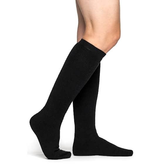 socks-knee-high-400-black[1].jpg